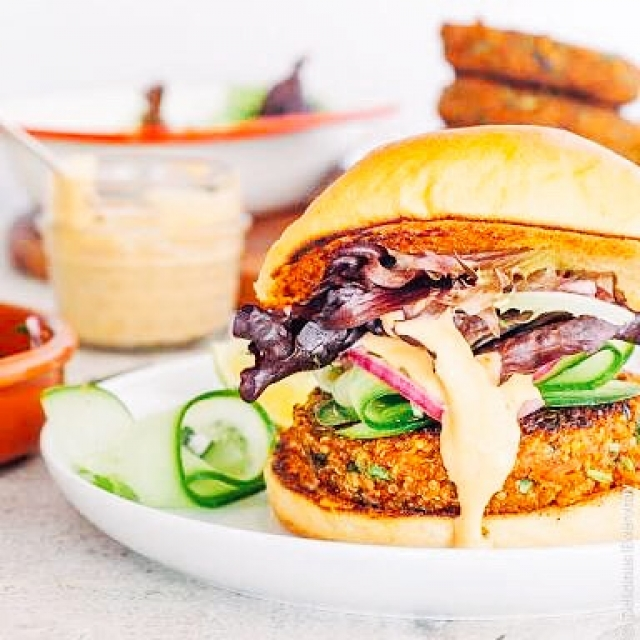 Double cheese quinoa burger sliders