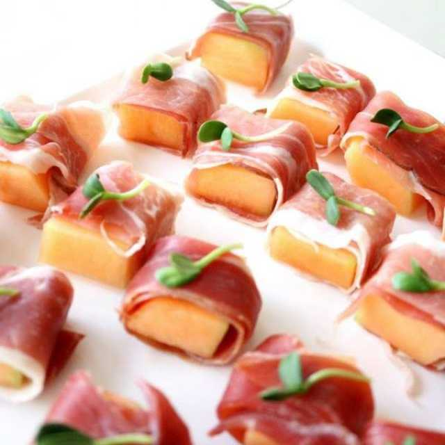 Melon and prosciutto parcels.