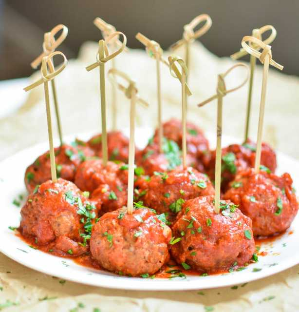 Slow cooked Meatballs